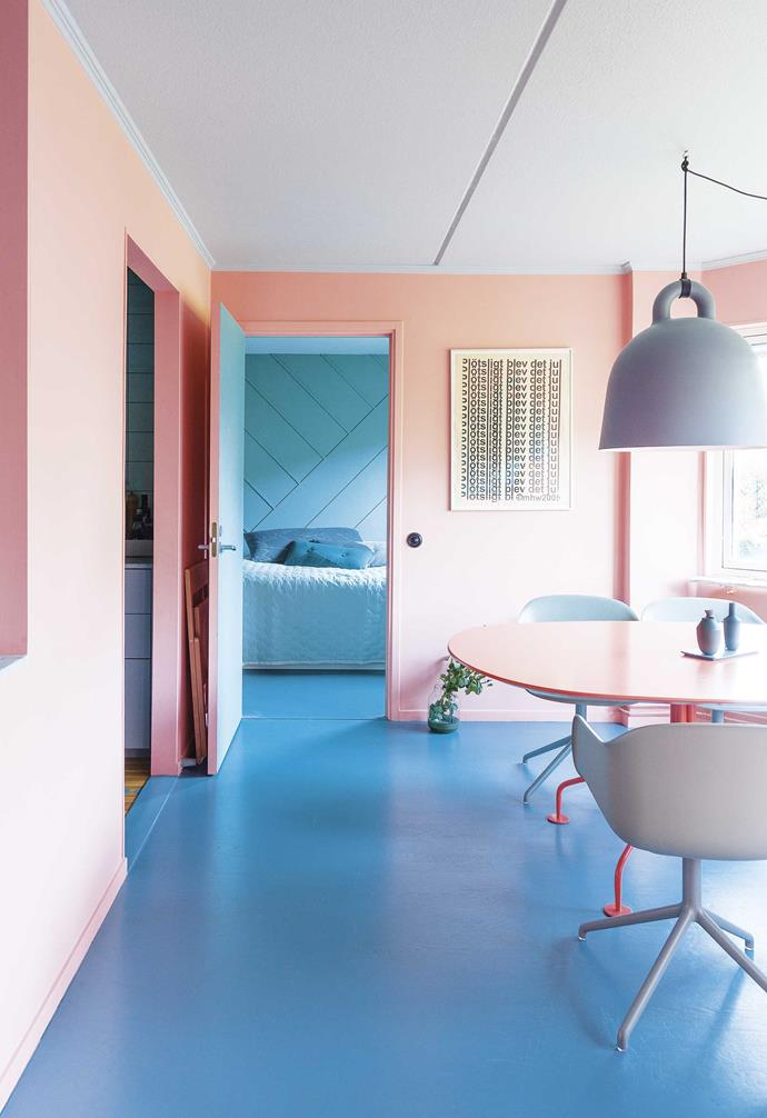 """**Dining area** The star of this palette is the apricot-pink on the living room walls and colour-matched dining table. Blue and green also feature. Normann Copenhagen 'Bell lamp', [Surrounding](https://surrounding.com.au/ target=""""_blank"""" rel=""""nofollow""""). Muuto 'Fiber' chair and vases, [Living Edge](https://livingedge.com.au/ target=""""_blank"""" rel=""""nofollow""""). Print by Mari Helen Wahlberg."""
