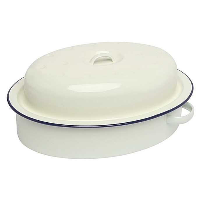 """Wiltshire enamel oval **roaster with lid**, $39.955, from [Zanui](https://fave.co/2Izupnx
