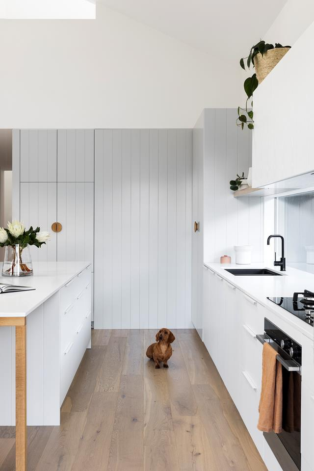 """At 1100mm, the distance between this [kitchen island and workbench](https://www.homestolove.com.au/scandi-style-kitchen-renovation-19056