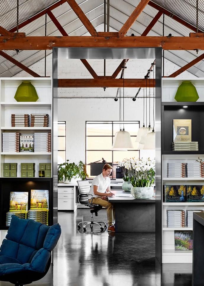 Desk custom-made by Paul Bangay Design.