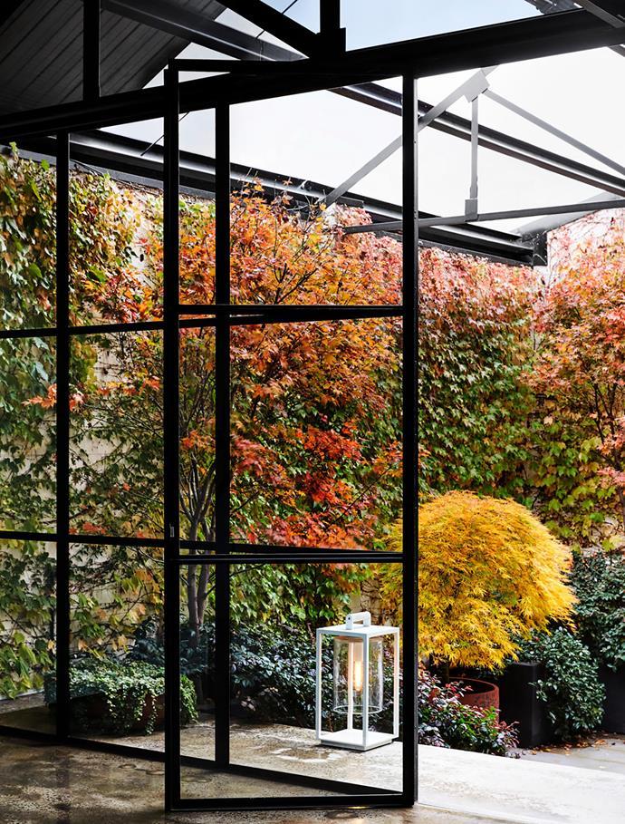 Outside on the terrace, Parterre garden lantern.