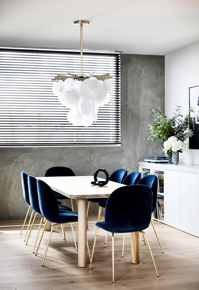 """This penthouse was a [four-year project](https://www.homestolove.com.au/a-sophisticated-entertainers-penthouse-in-brighton-18857