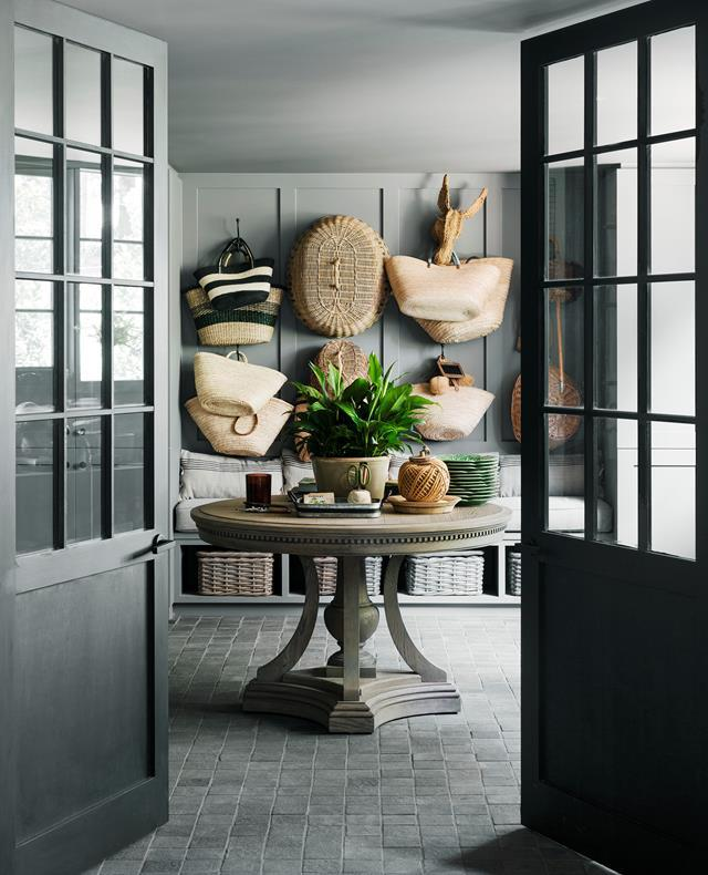 "Consummate entertainers Chyka and Bruce Keebaugh are discovering the simple pleasures of a [leafy weekender](https://www.homestolove.com.au/mornington-peninsula-weekender-19583|target=""_blank"") an hour from Melbourne, where they can kick back and unwind in style. Table from Restoration Hardware.  *Photograph*: Martina Gemmola"