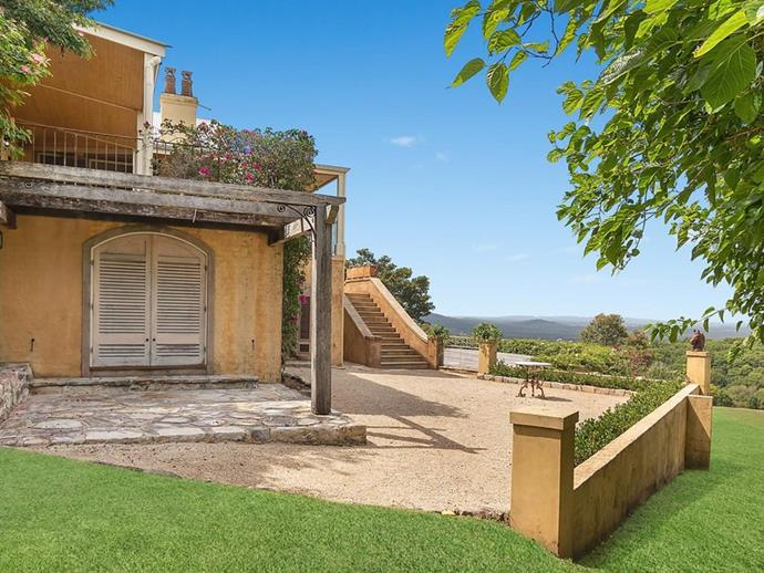 "The property enjoys uninterrupted views of rolling hills and bushland. *Photo: [McGrath](https://www.mcgrath.com.au/buy/house/nsw/northern-rivers/dalwood/393492|target=""_blank""