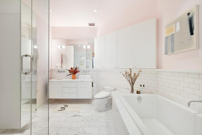 "Marble tiles and Millennial pink are a match made in heaven in the ensuite. *Photo:* [DDreps](http://ddreps.com/|target=""_blank""