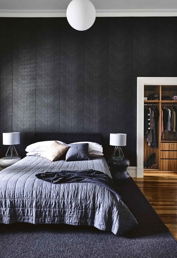 """The back half of the house is where the skill and creativity of the architects comes into play. """"As a family house, it was important that the renovation wasn't just a big box on the back and that the spaces were really well defined,"""" says Nathanael. <br><br>**Master bedroom** Textural 'Quill' wallpaper in Ebony from [Porter's Paints](https://www.porterspaints.com/