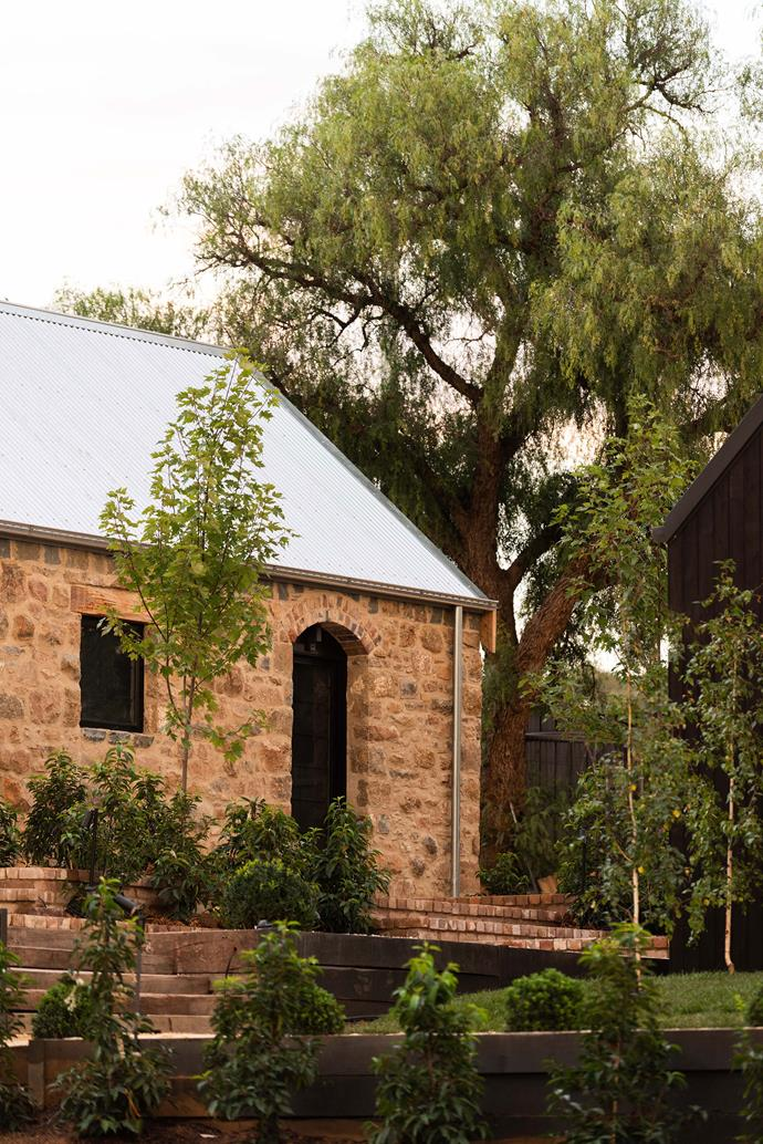 "The horse stables, built by Irish stonemasons during the 1800s have been lovingly restored and transformed into luxury accommodation. *Photo: [Rachael Lenehan Photography](https://www.rachaellenehanphotography.com.au/|target=""_blank""