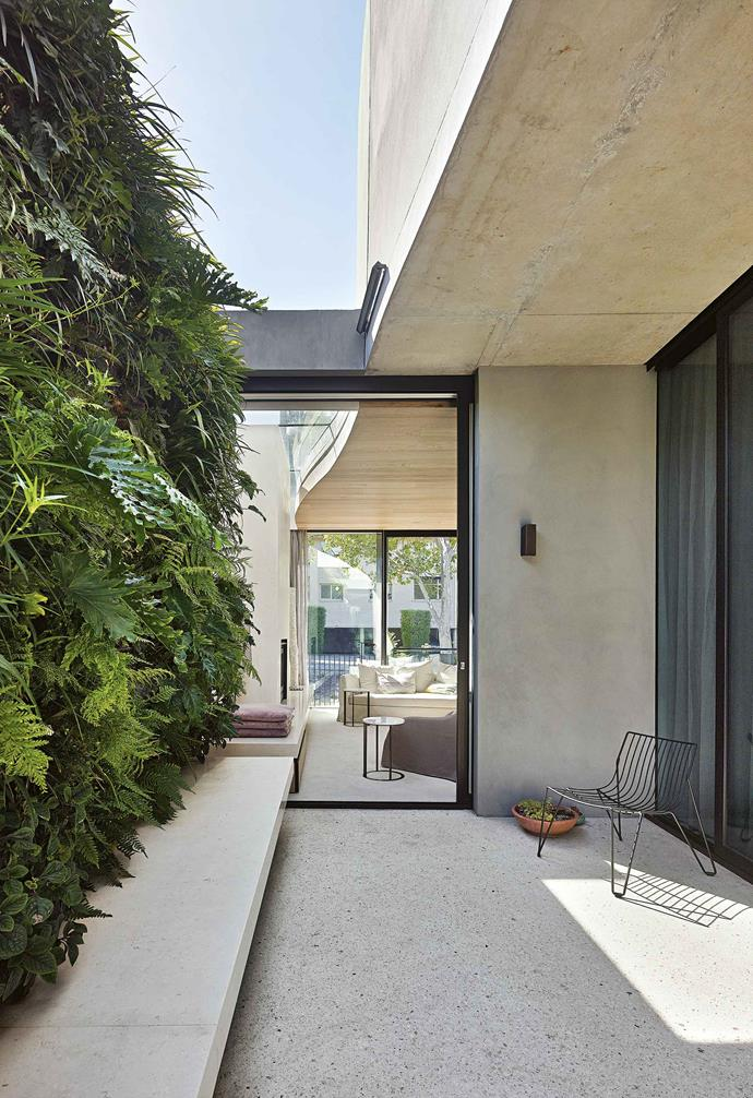"This lush green wall offsets the modern angles of a Leeton-Pointon-designed Melbourne home. At 27 square metres, the vertical garden by [Fytogreen](http://fytogreen.com.au|target=""_blank""