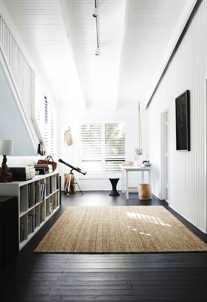 "**Mezzanine/rumpus room** The couple painted the walls with [Dulux](https://www.dulux.com.au/|target=""_blank""