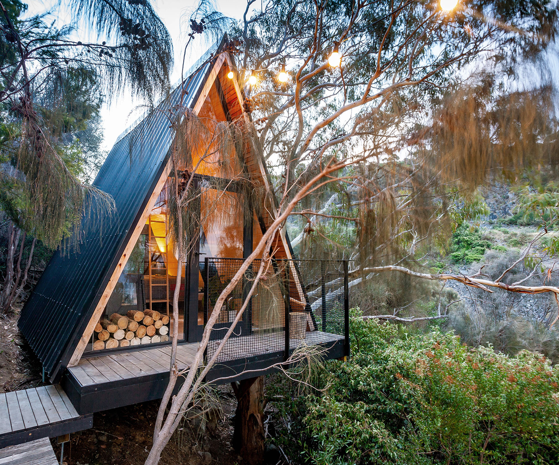 The modern treehouse shortlisted for the Tasmanian Architecture Awards | Country Style