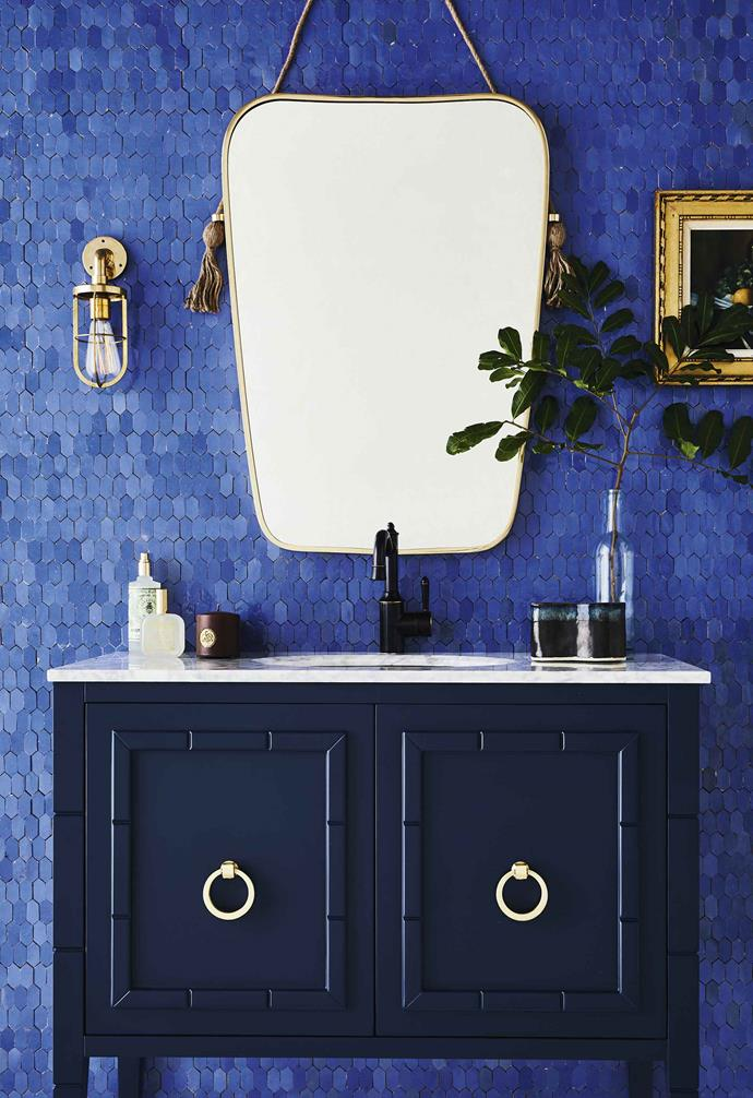 "**Get the look** Wall in Moroccan Zellij handmade ceramic 'Honeycomb Farouzi' tiles in Light Blue, [Earp Bros](https://earp.com.au/|target=""_blank""