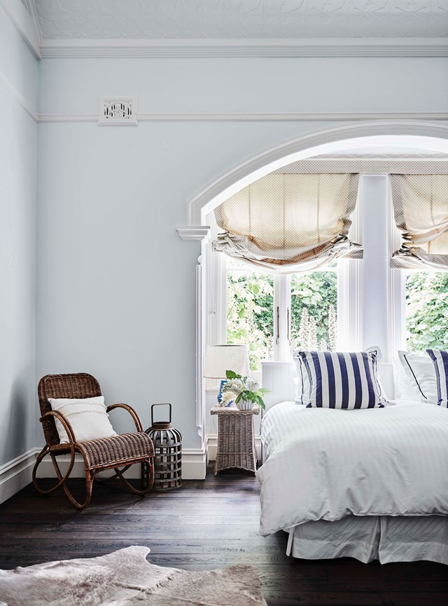 """From ballroom to bedroom, the master suite at [Mylora homestead](https://www.homestolove.com.au/mylora-homestead-binalong-nsw-20280
