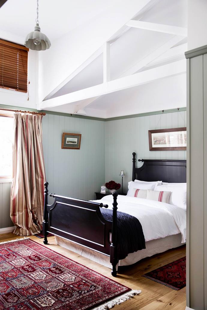 "An antique rug from Bowral Rug Gallery grounds and warms up the elegant guestroom in the NSW [Southern Highlands home](https://www.homestolove.com.au/gallery-brigid-and-kevins-southern-highlands-barn-conversion-2076|target=""_blank"") of Brigid Kennedy and Kevin Not."
