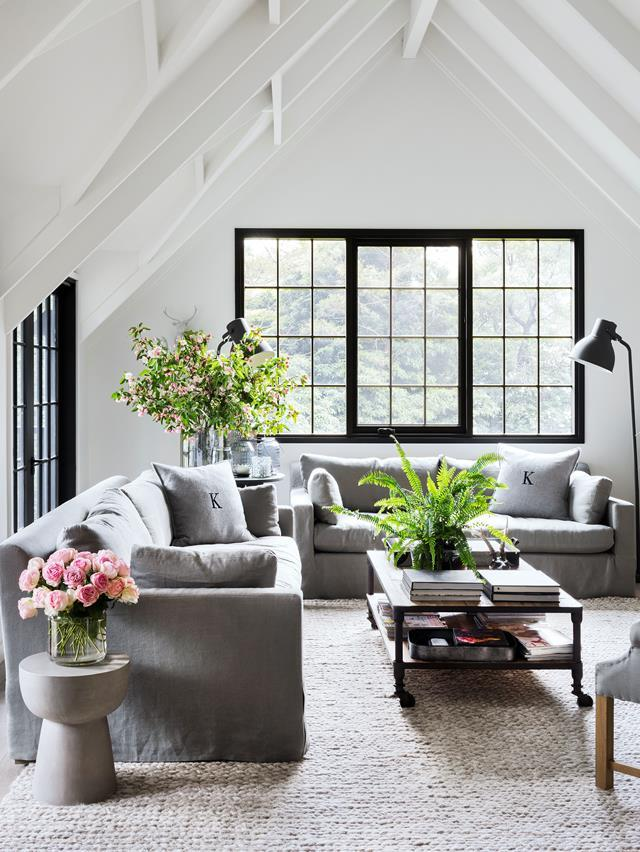 """Consummate entertainers Chyka and Bruce Keebaugh are discovering the simple pleasures of a [leafy weekender](https://www.homestolove.com.au/mornington-peninsula-weekender-19583 an hour from Melbourne