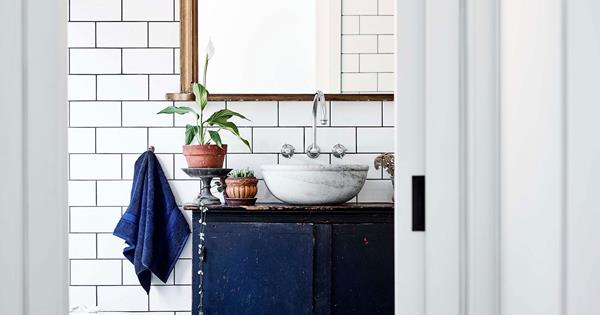 10 Bathrooms With Vintage Storage Cabinets And Vanities Homes To Love
