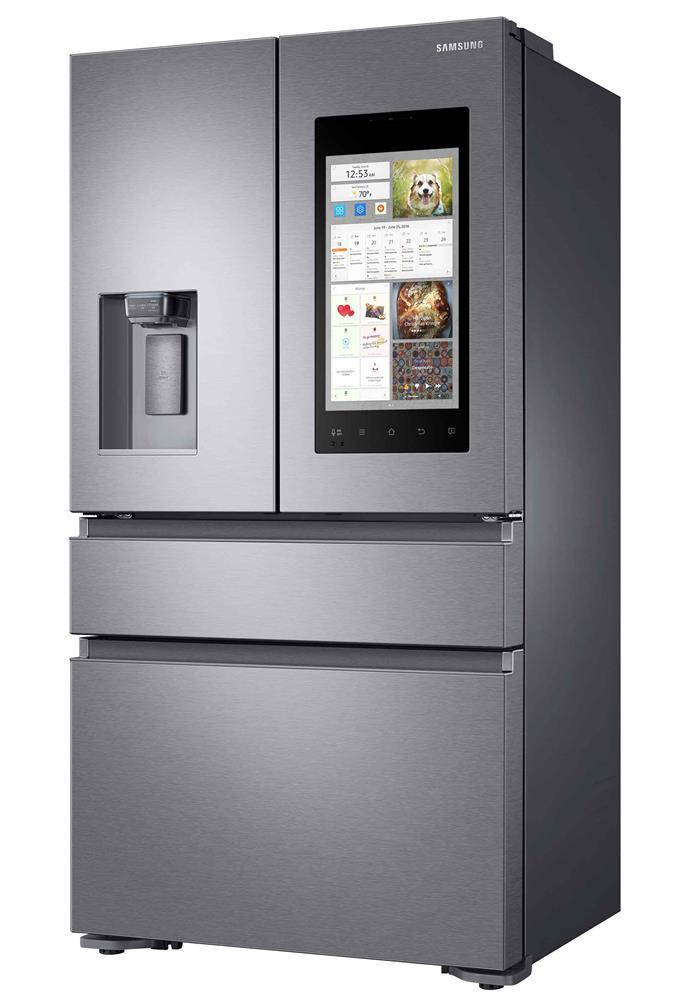 Samsung Family Hub SRF630BFH2 fridge.