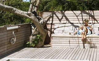 timber-deck-pool-feb15