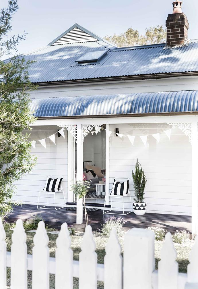 "Choosing to keep many of the original features in this [coastal-meets-rustic family home](https://www.homestolove.com.au/design-ideas-from-a-coastal-meets-rustic-family-home-17691|target=""_blank""), a series of smaller renovations has breathed new life into the house."