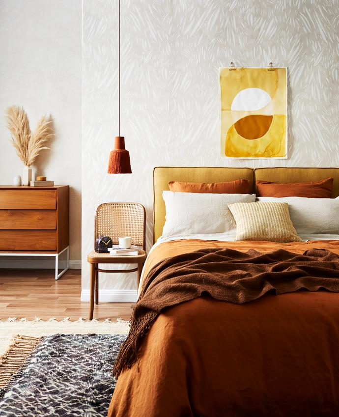 Earthy tones and textures like terracotta have a cocooning effect.