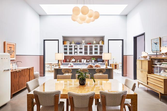 The Apartment is the Hoxton hotel's private events space.It's divided into separate rooms of different sizes, which can be booked for business meetings, presentations and parties.