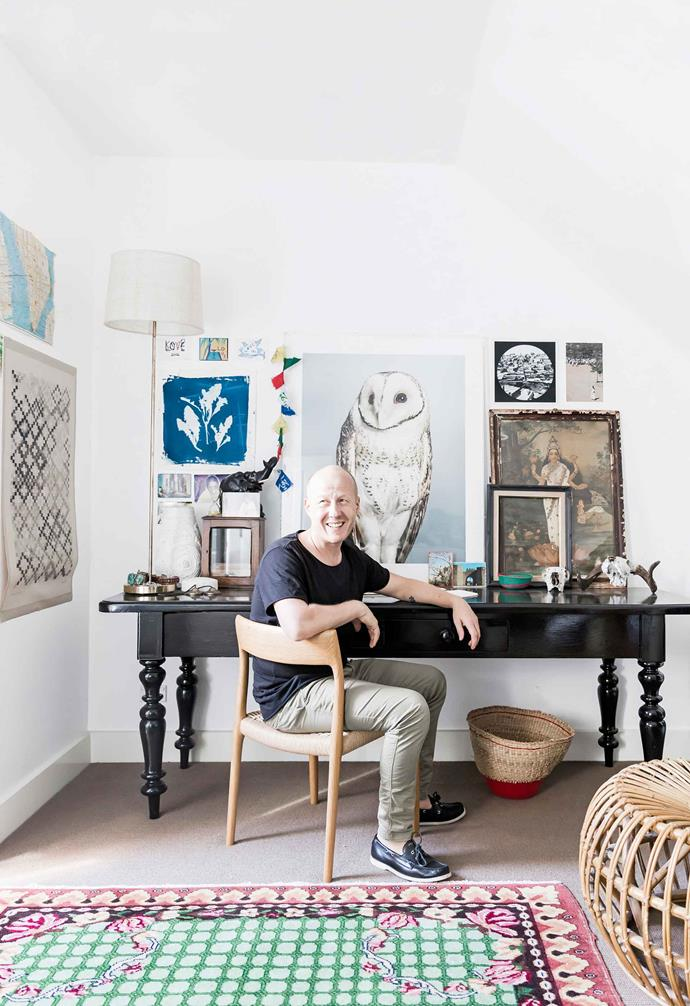 "**Richard Unsworth; The green thinker**<br><br>As creative director of Garden Life, Richard Unsworth has created an oasis of calm along the Princes Highway in Sydney's St Peters. Keen gardeners wander among [huge plant specimens](https://www.homestolove.com.au/indoor-plant-trends-2020-20347|target=""_blank"") and architectural objects sourced from across the globe. There are handmade terracotta pots from Morocco, antique planters from Turkey and India, and pots from Africa and Asia. The other half of Garden Life's business is Richard's landscape-design arm, where he dreams up and realises [some of the country's most imaginative gardens](https://www.homestolove.com.au/striking-garden-by-richard-unsworth-of-garden-life-5467