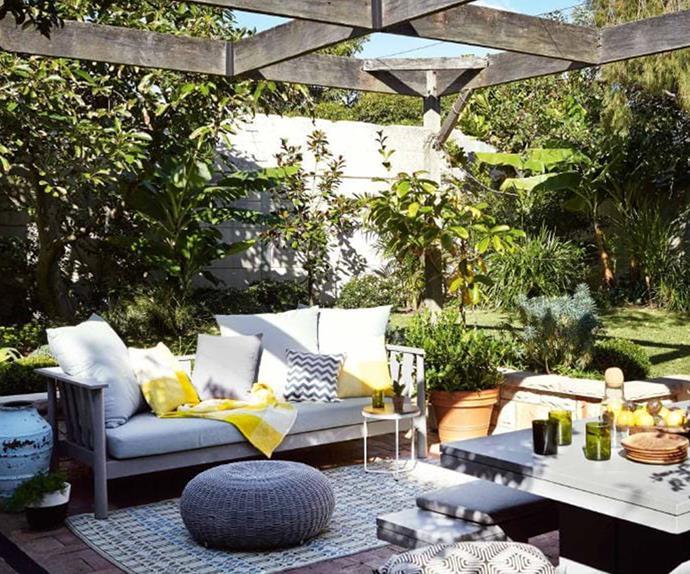 garden-outdoor-entertaining-furniture-jan15