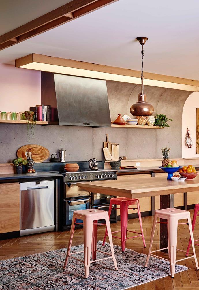 ">> Step inside [Kip&Co co-founder Hayley Pannekoecke's colourful home](https://www.homestolove.com.au/kip-and-co-co-founder-hayley-pannekoeckes-colourful-home-6044|target=""_blank"")."