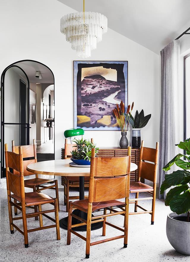 "The interiors of this home glow in a colourful [mix of vintage and contemporary](https://www.homestolove.com.au/preview/colourful-cottage-by-flack-studio-20336|target=""_blank"") looks. In the dining room is an artwork from Daine Singer Gallery Alice Wormald *Landscape with Curtain Shape*. Interior design by Flack Studio. From *Belle* June/July 2019."