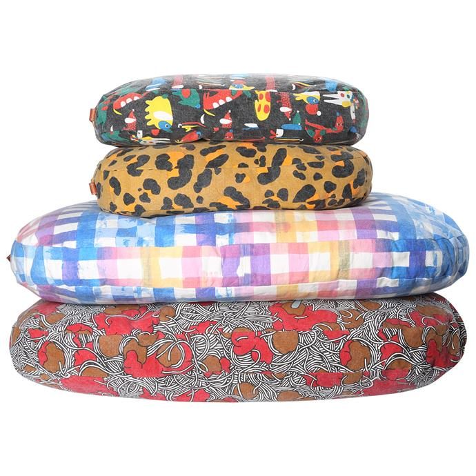 The dog beds come in two sizes: Small (80x60x8cm) and Large (110x70x8cm).