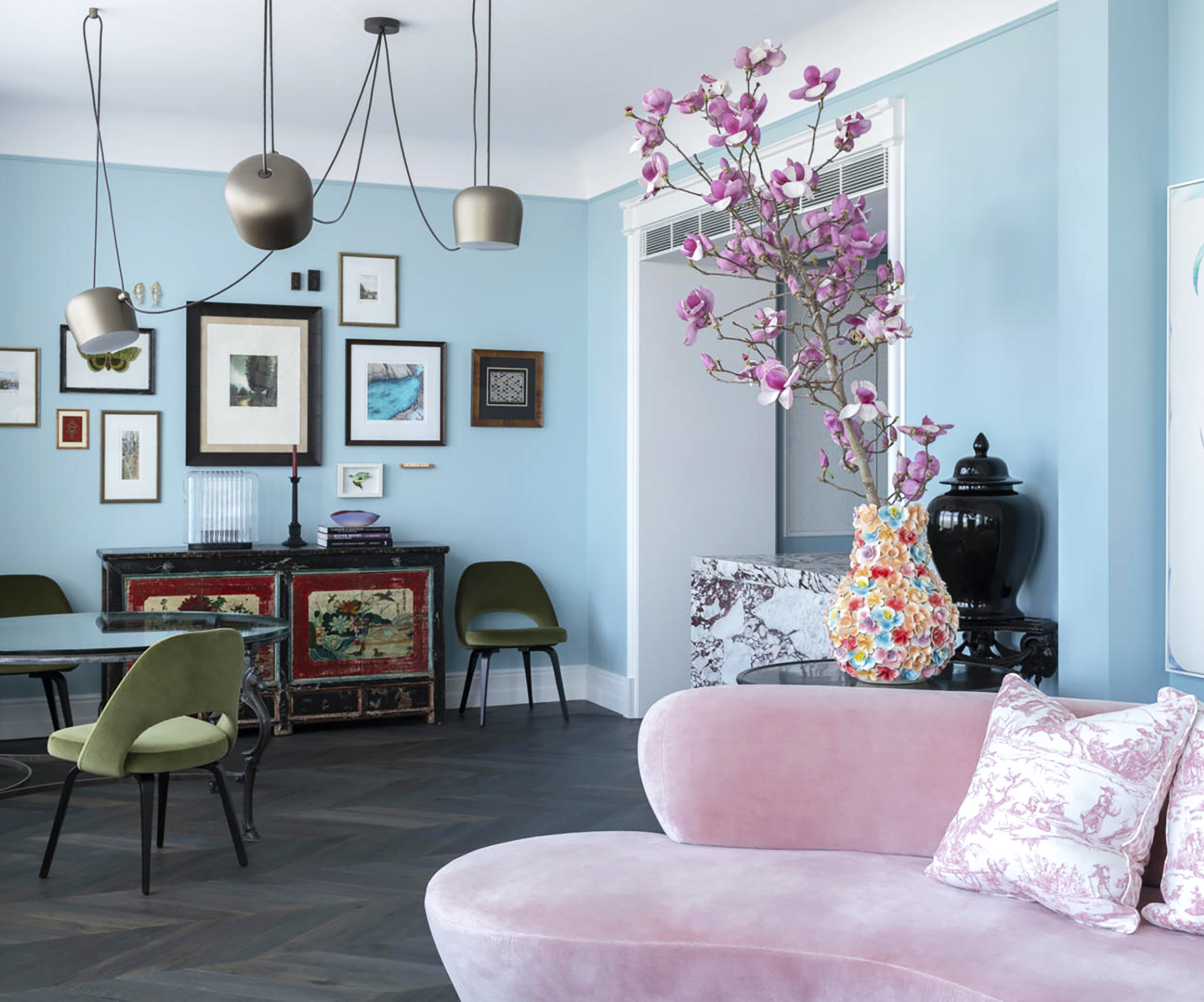 inner-city apartment with a pastel colour palette