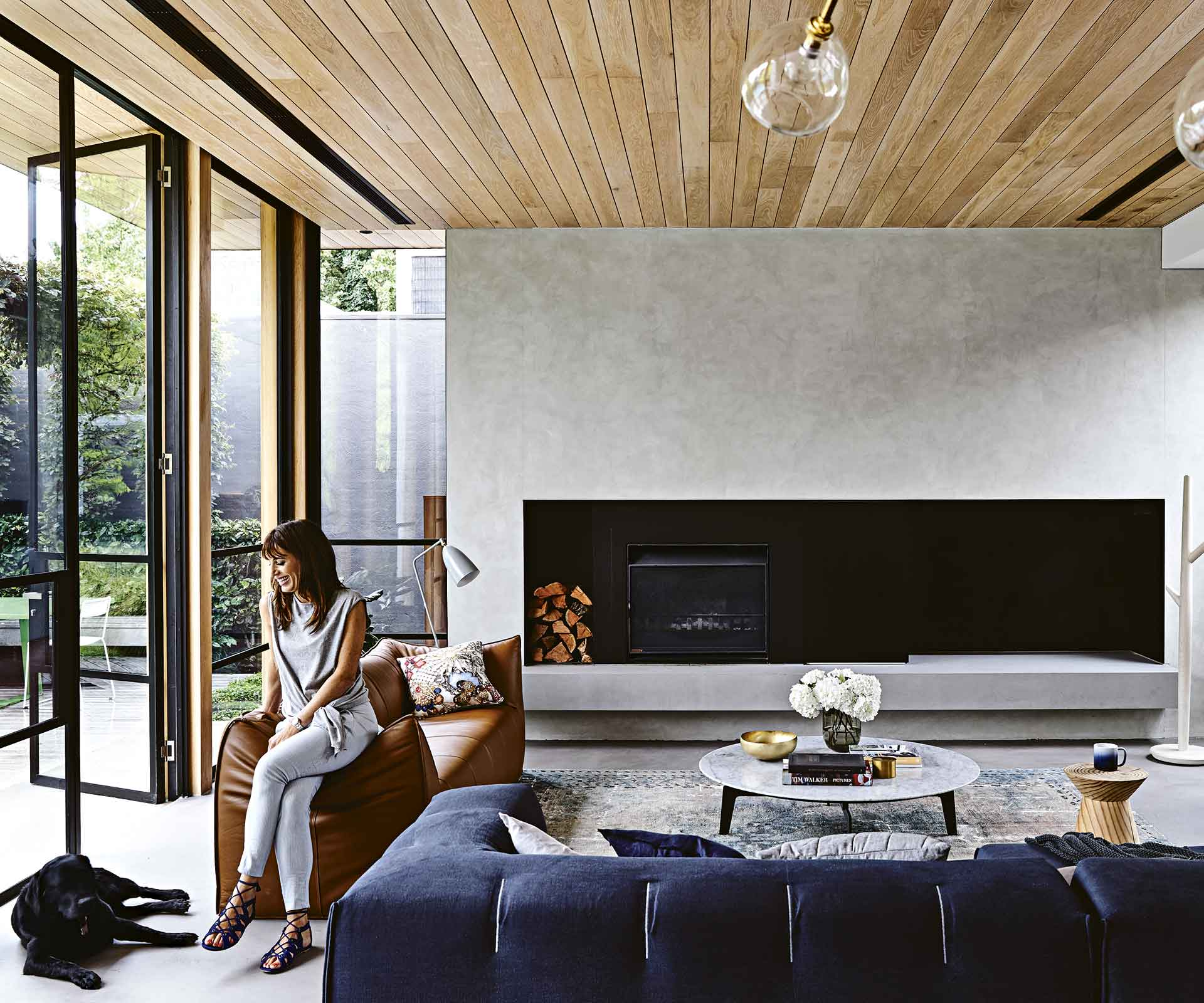 Timber and concrete have transformed this Melbourne house | Inside Out
