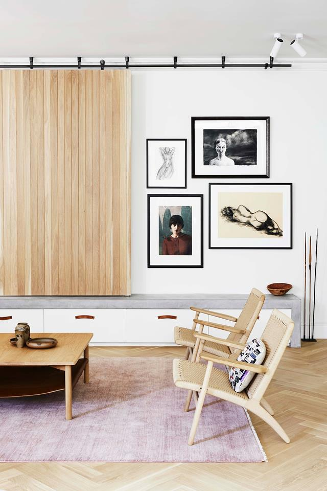 "Susanna Bilardo of Enoki gave this [old homestead](https://www.homestolove.com.au/historic-homestead-restoration-south-australia-19525|target=""_blank"") a reboot that eschews pretension for a stylish blend of warmth and cocooning. A pair of **Hans J Wegner 'CH25 Lounge Chairs'** by Carl Hansen & Søn fit seamlessly into the living room. From *Belle* December/January 2018/19."