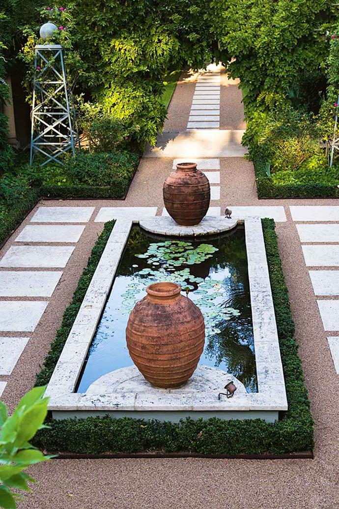 A Grecian inspired courtyard at Margaret River's Secret Garden.