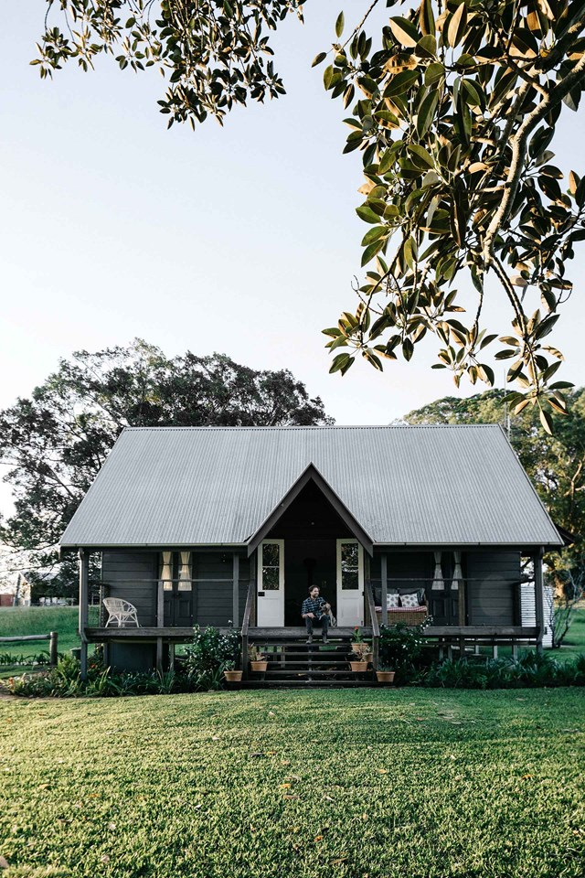 "[**The Cottage in Nashua**](https://www.homestolove.com.au/nashua-nsw-accommodation-20440|target=""_blank"")<p>  <p>With grandparents just up the hill, this family farm in the Byron Bay hinterland is an idyllic place to grow up. It's also an idyllic place to escape to for the weekend. The family's onsite farmstay, The Cottage, is available to book online and is a private world unto itself. It faces away from the other buildings so guests can enjoy total seclusion and privacy."