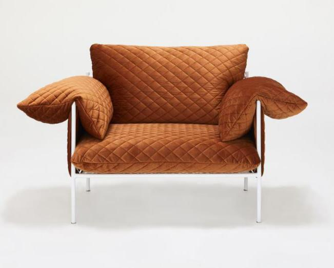 """ALVA armchair, $1395, [Sarah Ellison](https://sarahellison.com.au/collections/all/products/alva-lounge-chair-velvet-1?variant=59770928971 target=""""_blank"""" rel=""""nofollow"""") <br><br> Alva combines oversized feather and foam cushions covered in velvet with a white powder coated steel frame. Available in Midnight, Rust, Peacock and Peach."""