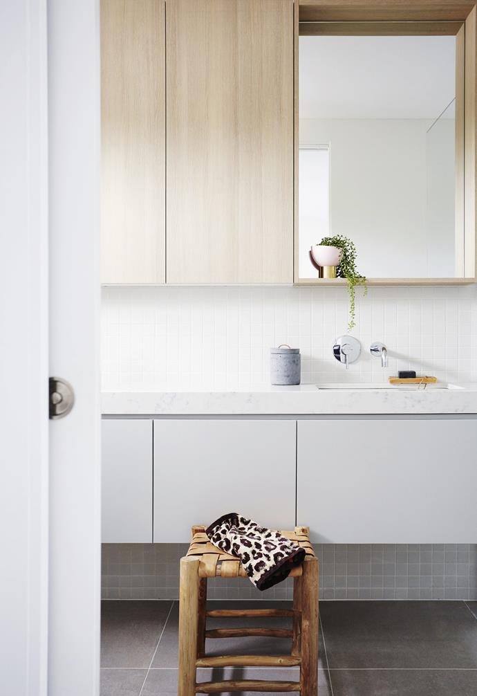 "Storage both above and below the sink ensures there's enough space for a young family of four in this [coastal townhouse](https://www.homestolove.com.au/coastal-holiday-home-19311|target=""_blank"")."