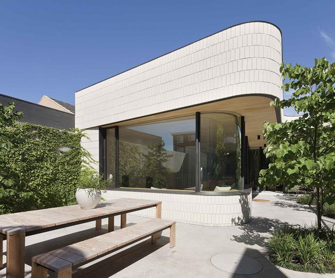 house-exterior-curved-R&D12