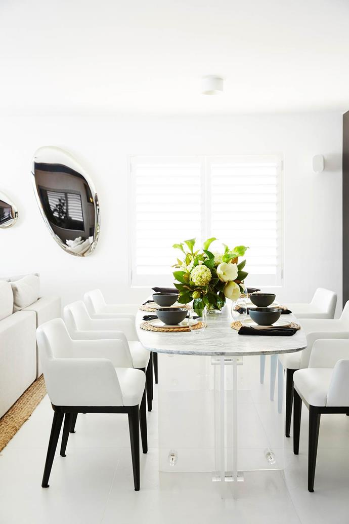 """This [Sydney apartment](https://www.homestolove.com.au/luxe-apartment-is-a-canvas-for-bold-design-ideas-4024 target=""""_blank"""") was transformed into a spacious pad that epitomises laidback luxe."""