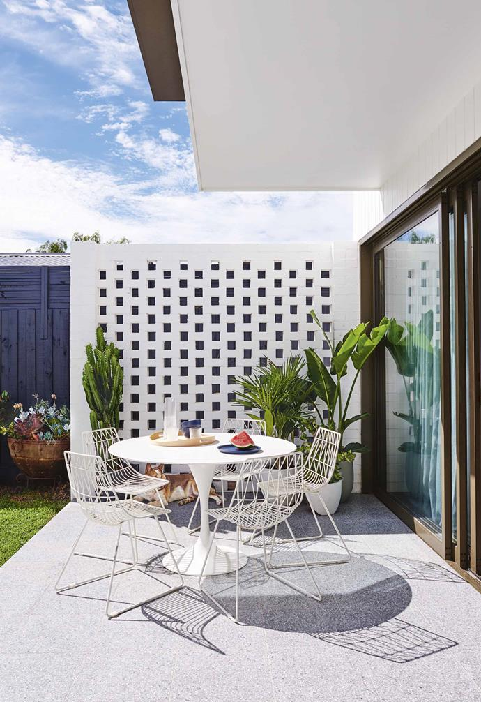 "For Lauren and Matt Wilson, who run their own building company in Geelong, Victoria, the completion of this project – a house they were planning to put up for sale – and the sale of [their family home](https://www.homestolove.com.au/family-friendly-californian-bungalow-18198|target=""_blank"") occurred almost simultaneously. ""This was an express build,"" says Lauren. ""From start to finish it was only five months, beginning July 2016, because we had to be out of our house just before Australia Day.""<br><br>**Terrace** Sliding doors open up the living area to the garden. Space To Create chairs and a table offer casual [outdoor dining](https://www.homestolove.com.au/the-latest-outdoor-lounge-and-dining-options-2633