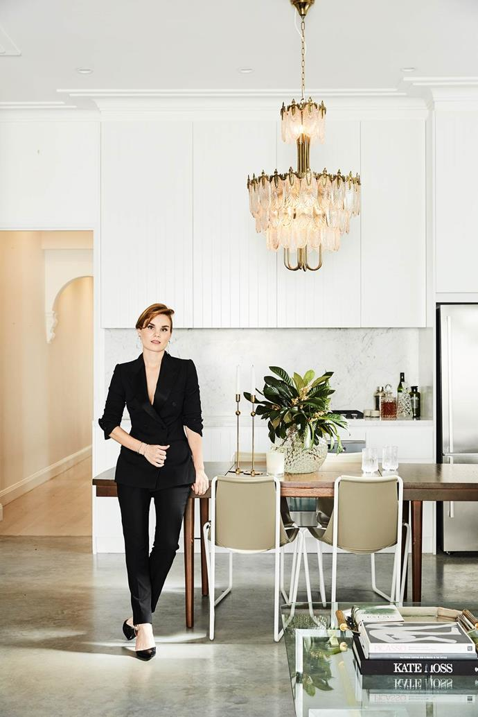 "Fashion stylist Tanya Levak added her sartorial flair to the [inner-city abode](https://www.homestolove.com.au/a-fashionable-cottage-renovation-in-sydney-4053|target=""_blank""). A Japanese Art Deco chandelier from The Bronte Tram in Sydney is the focal point of the dining area, and an elegant accent in the contemporary space."