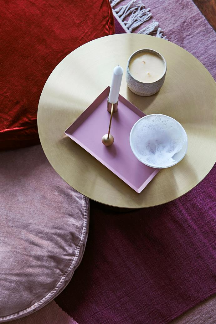 Pretty pink tones and touches of brass with bring glamour and warmth.