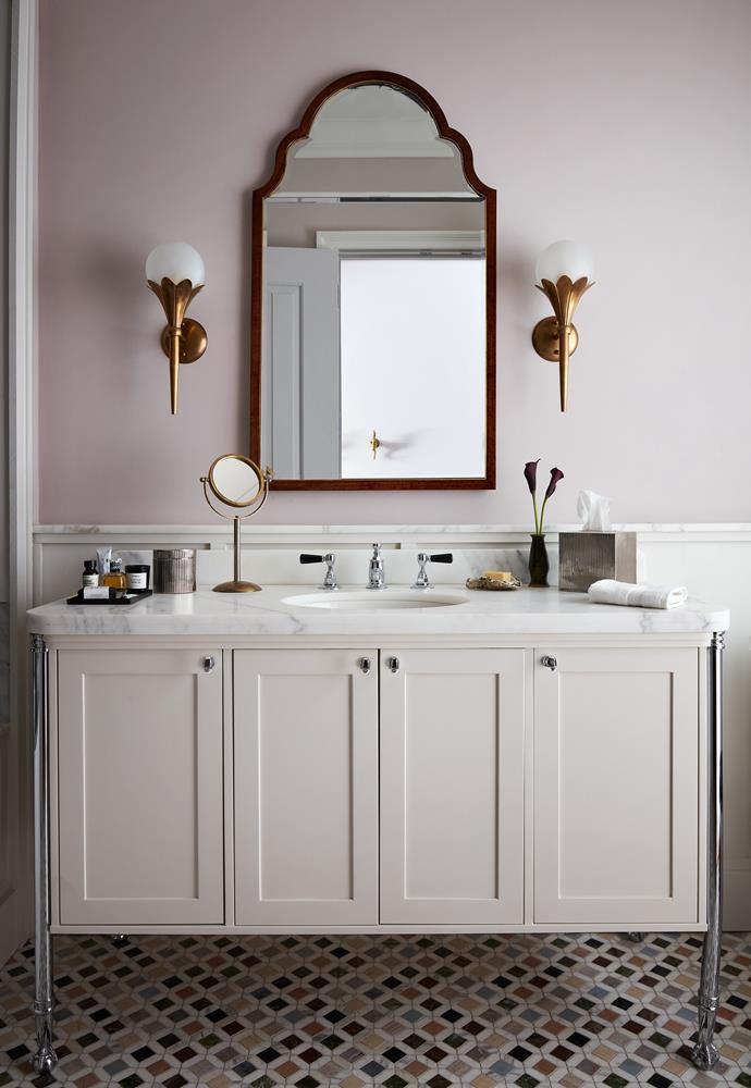 """Now this is an ensuite with hotel credentials! Check out our [gallery of elegant ensuites for inspiration >](https://www.homestolove.com.au/ensuite-bathroom-design-ideas-18820