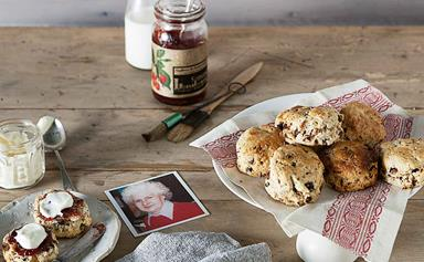 An easy recipe for wholemeal date scones