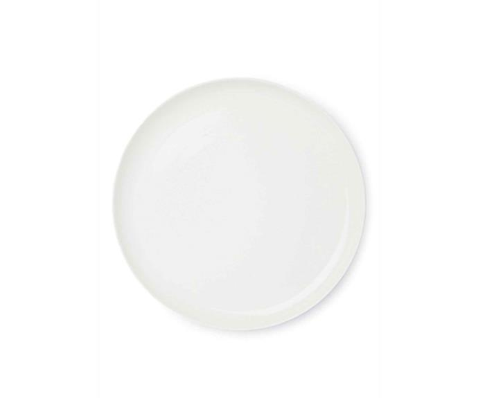 "**MINIMALIST**<p> <p>Clean and classic, the minimalist design of Country Road's 'Fini' serving platter will take you from laid back lunches to much more formal occasions. A great all-rounder piece that will undoubtedly become an entertaining necessity.  <p>'Fini' **round platter** in white, $49.95, from [Country Road](https://fave.co/2Zzjcbj|target=""_blank""