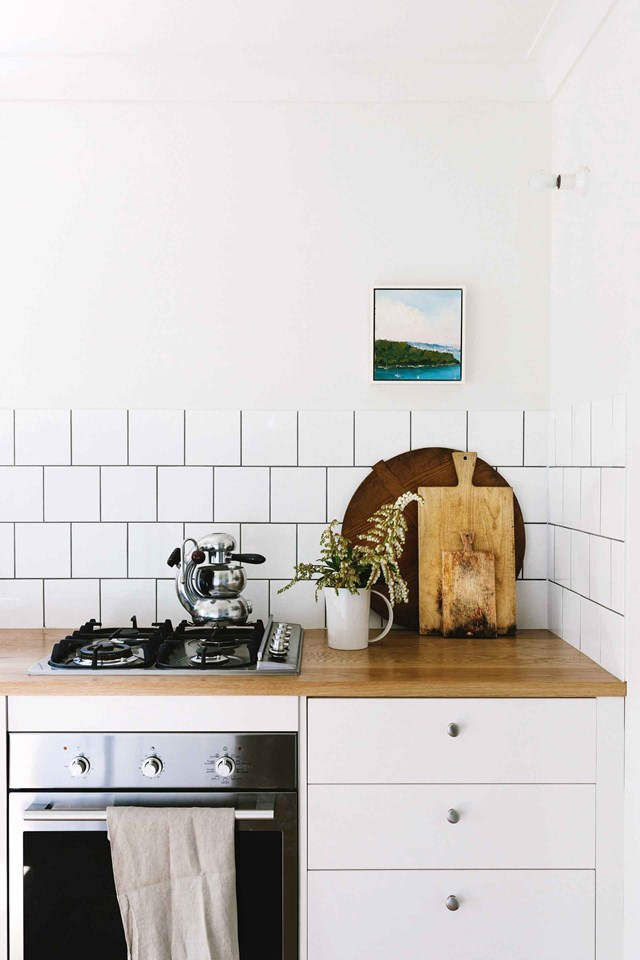 "**Clean the oven**<br><br> This dirty job is a lot like cleaning tile grout, no one enjoys it but it's *so* rewarding when it's done. Contrary to popular belief, you don't need an arsenal of chemical-laden cleaning products to get your oven looking brand new again. Here are some natural solutions for [cleaning your oven effectively >](https://www.homestolove.com.au/how-to-clean-an-oven-8049|target=""_blank"")"