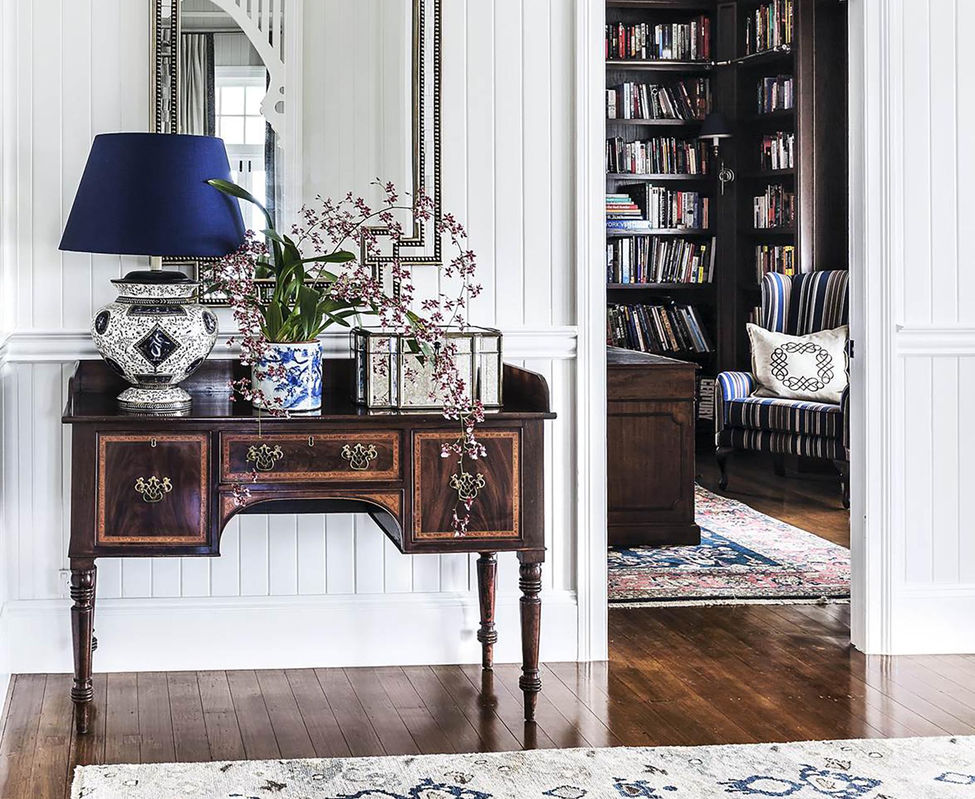 10 best hallway tables