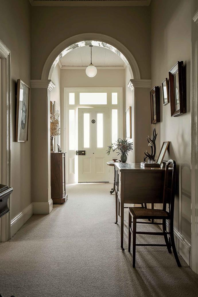 The table and chairs in the hallway are from Longford Antiques in Tasmania.