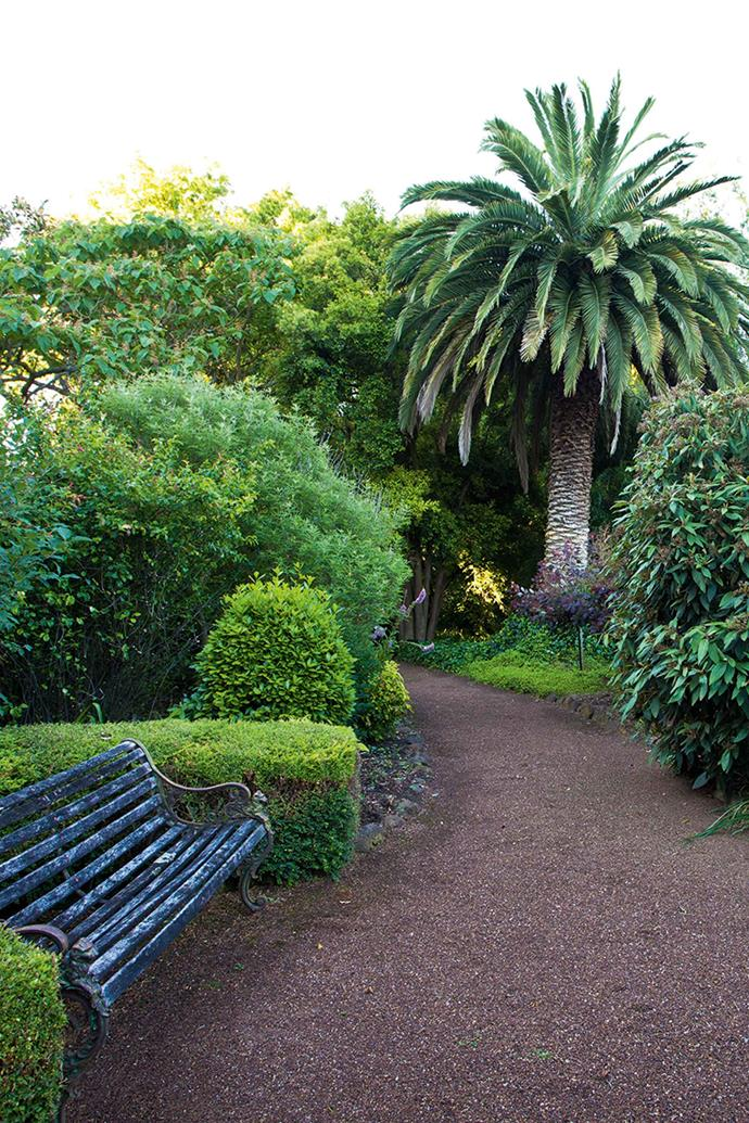 Curved pathways lead visitors to various vistas around the garden.