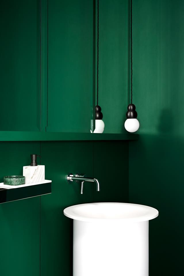 "This head-to-toe green [powder room](https://www.homestolove.com.au/fiona-lynch-williamstown-residence-house-tour-5109|target=""_blank"") designed by Fiona Lynch packs a punch and is entirely devoid of tiles."