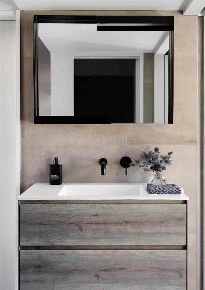 Basin mixer and Calix 920mm vanity with Teknorit top from Disegno Casa.